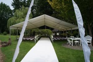 Hochzeit im Freien organisieren, Weddingplaner, Stühle ausleihen, Tische ausleihen